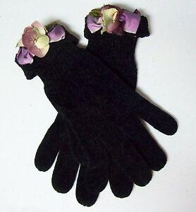 Lovely Fancy Ladies Gloves - Black Knit w/ Purple Flower Cuff