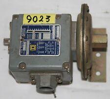 SQUARE D  9012 AMW-3  Industrial Pressure Switch Range 1-20 PSI Diff'l 1-4 PSI