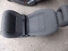 Ford Galaxy WGR 1,9 TDi 85KW Sitz hinten mitte grau