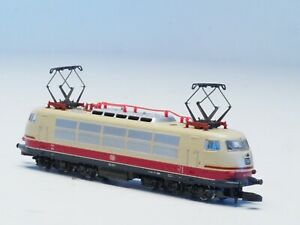 8854 Marklin Z-scale from 1990's TEE Express Loco Class 103 DB-emblem in Red