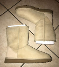 UGG CLASSIC SHORT II 1016223 SAND SIZE 10 WOMAN'S BOOTS AUTHENTIC BRAND NEW**