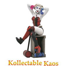 DC Gallery Suicide Squad Harley Quinn PVC Diorama Statue