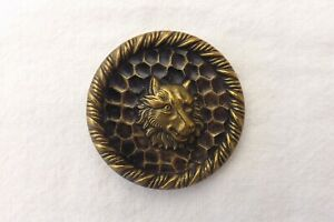 VINTAGE METAL  BUTTON A STUDY OF A WOLF  4cm (1060)