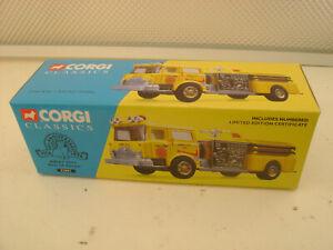 CORGI CLASSICS #52001 1:50 JERSEY CITY MACK CF PUMPER FIRE TRUCK NEW IN BOX