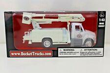 International Bucket Truck   1:43 Scale