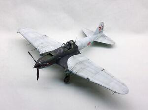 Built Soviet Attack Ailcraft IL-2 Shturmovik scale 1/48