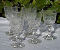 Saint Louis? Service de 6 verres à vin rouge en cristal gravé. Début Xxe s.