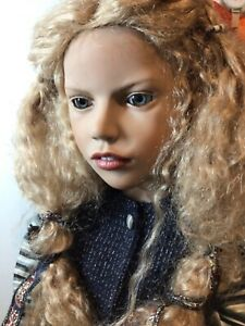 "ZWERGNASE """"WENDELINE"""". very large 80cms weighted sitting doll.  Vgc"