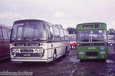 Black & White UAD311H Bus Photo