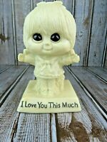 R&W Berries 1975 I Love You This Much Big Eyes Figurine Vintage #729 No Defects