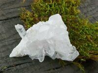 schöne Bergkristallstufe Bergkristall 61,0 g gute Qualität 62 x 49 x 31 mm