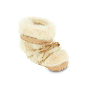New Authentic Chloé Chloe Infant Baby Girl Beige Faux Fur Crib Booties (Size 2)
