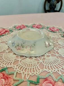 Pfaltzgraff Tea Rose Pedestal Pillar Candle Holder