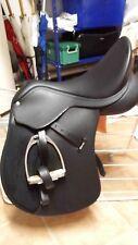 schwarzer Wintec 500 VS mit Zubehör