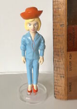 VINTAGE LADY PENELOPE PVC COLLECTOR'S FIGURE JAPAN TOY THUNDERBIRDS TV YUJIN NEW