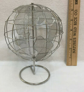 """Globe Stainless Steel Mesh & Wire Silver Figure 6.5"""" Spins Figure Stand"""