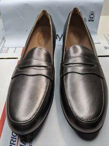 Clarks Women's Shoes Un Blush Go Closed Toe Loafers, Pebble Metallic size 12 N