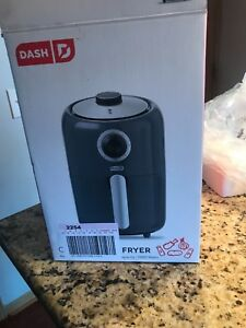Dash Compact Air Fryer 1.7L