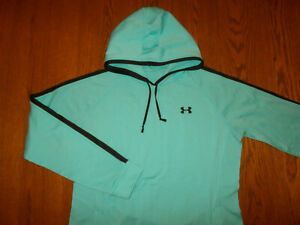 UNDER ARMOUR BLUE SEMI-FITTED HOODED SWEATSHIRT WOMENS MEDIUM EXCELLENT COND.