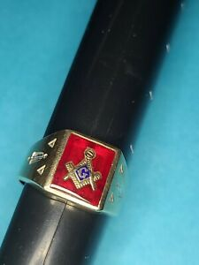 Vintage 14K Solid Gold Masonic Freemason Ring Solid 11.25 and 6.89g