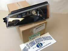 Chevrolet Avalanche LH Driver Side Front PARK/ TURN SIGNAL LAMP ASSEMBLY new OEM
