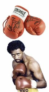 Autographed Mini Boxing Gloves Thomas (The Hitman) Hearns