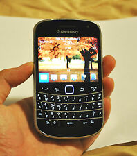 BlackBerry Bold 9900 + Great condition + UNLOCKED--- ON SALE !!!