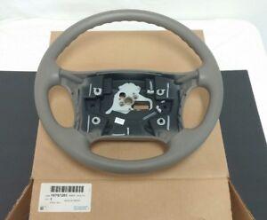 """NOS Genuine GM Oldsmobile Cutlass Supreme """"88"""" """"98"""" Steering Wheel 1994 - 1999"""