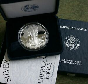 2002 W American Eagle Silver Proof Dollar Coin Box and COA as Issued by US Mint