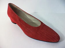 ROBERTO VIANNI NEIMAN MARCUS RED SUEDE LEATHER LOW HEEL PUMP SHOE US 8M ITALY
