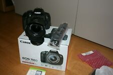 Fotocamera reflex Canon EOS 700D + obiettivo Canon 18-55 IS STM + scheda sd 64gb