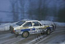 Ari Vatanen mano firmado 12x8 Foto Ford Escort 1981.