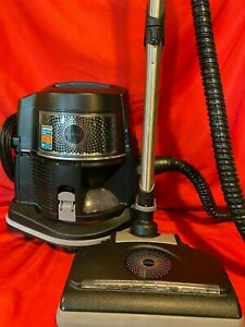 RAINBOW VACUUM CLEANER, E2 BLACK LED, 2017, with ATTACHMENTS, VERY NICE!!!
