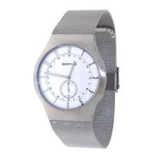 Analoge Armbanduhren mit Atom -/Funkuhr-Funktion und mattem Finish
