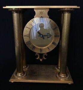 Superbe grand pendule En bronze doré À Colonnes Hour Lavigne A Paris