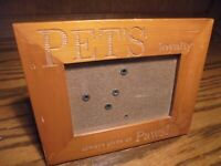 """Vtg Wooden Photo Frame """"Pet's Loyalty Always Gives Us Paws!"""" 3.5""""x5"""" Picture  83"""