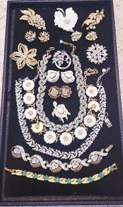 16 Piece Vintage Trifari REPAIR Costume Jewelry Lot