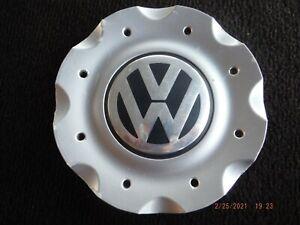 03 04 05 VW Volkswagen Passat oem wheel center cap  3B0 601 149  L