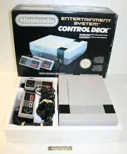 ++ console nintendo NES en boite - control deck ++