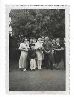 Foto, Soldat in Uniform, Frau, Hochzeitsgesellschaft