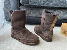 UGG Shanleigh chocolate brown leather suede boots , UK Size 6.5,EUR size 39,US 8
