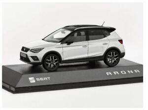 SEAT Arona Model Collectable Car 1:43 - White