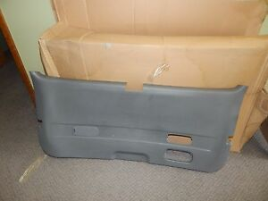 New OEM 1999-2002 Mercury Interior Tailgate Tail Gate Trim Panel Moveable Glass