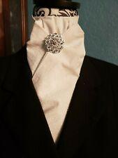 Stock Tie Large White Paisley Contour (Pin is not included)