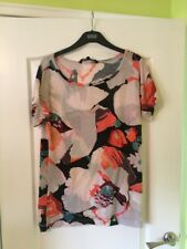 Ladies French Connection Floral Tshirt Size 8