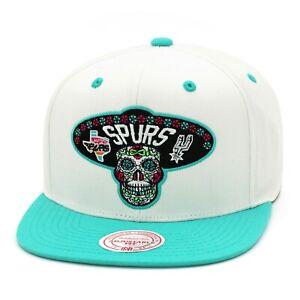 Mitchell & Ness San Antonio Spurs Snapback Gorra White/Teal/Dia de Muertos Skull