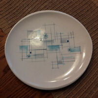 1950 Oasis Franciscan Stoneware Dinner Plate 10 1/4 x 10 3/4 Great Condition