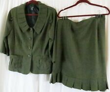T Milano Skirt Suit Green 16 Polyester Wear to Work