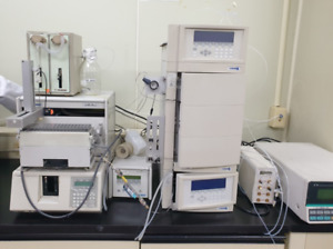 GILSON 231XL Sampling Injector + 321 HPLC system