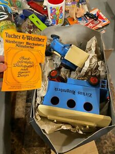 Zirkus Hagenbeck Circus Toy Tractor TUCHER & WALTHER TIN WIND UP 500 Made WORKS